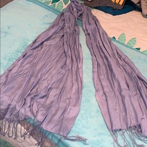 Accessories - periwinkle soft scarf, like new!